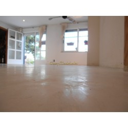 Natural isolating floor coating 25Kg.
